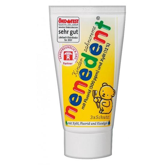 Nenedent, zobna pasta za otroke s fluorom Pripomočki in zaščita